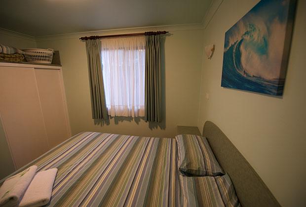 chalets-main-bedroom