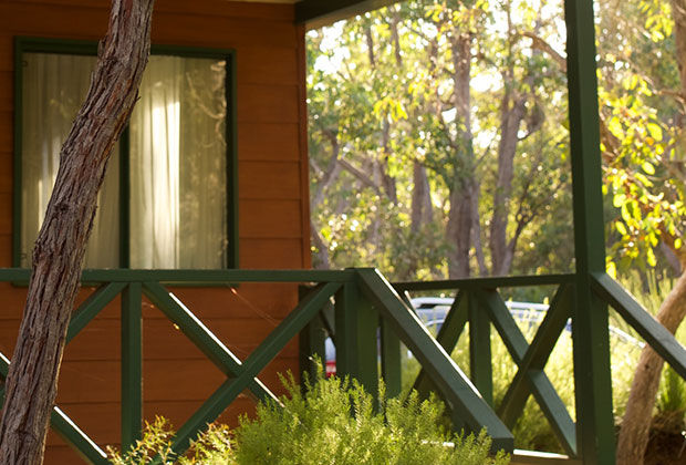 stay-in-a-natural-bush-setting-chalet
