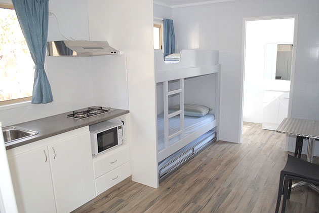 Ensuite Cabin - Kitchen