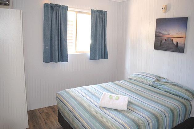 Ensuite Cabin - Main Bedroom